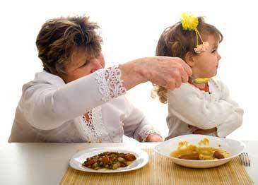 Почему ребёнок ничего не хочет есть?